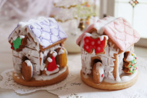 お菓子の家を作ろう